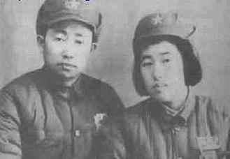Peng Shaohui - Peng Shaohui and his wife Zhang Wei in 1949 in Tianshui, Gansu.