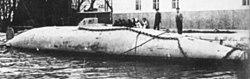 Le sous-marin de Peral en 1888; sa coque est visible de nos jours à Carthagène.
