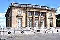 Petit Trianon - Façade ouest (1).jpg