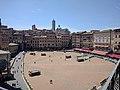 Piazza del Campo 1 (Siena).jpg