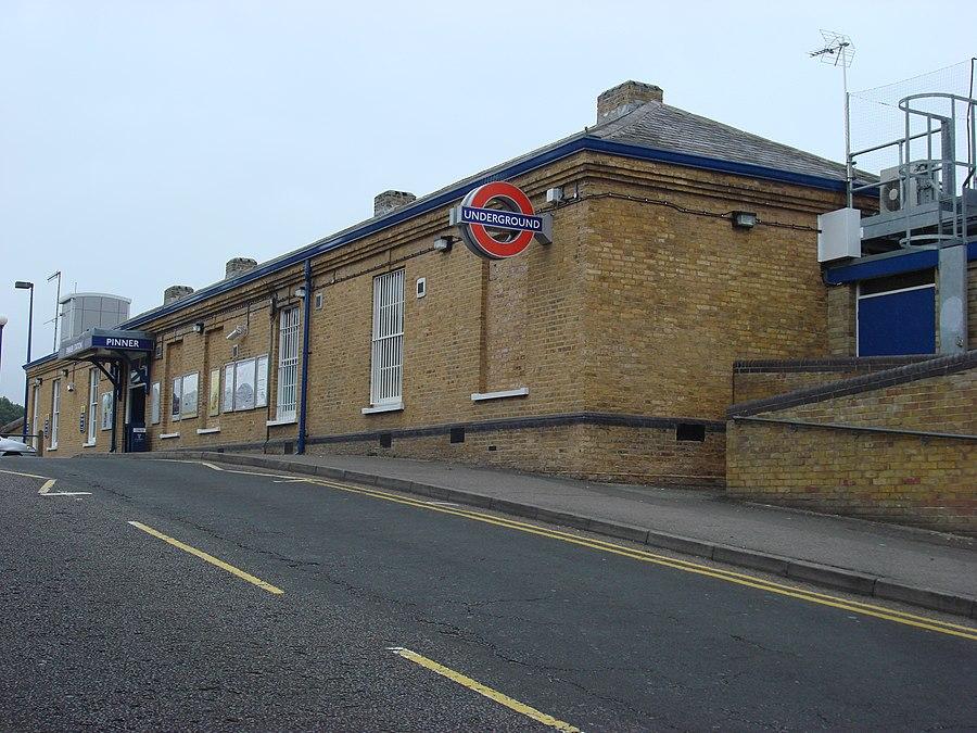 Pinner tube station