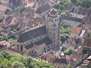 Poligny, Jura - Image: Poligny (Jura) Church