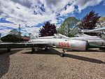 Polish Air Force MiG21 registration 8909 pic2.jpg