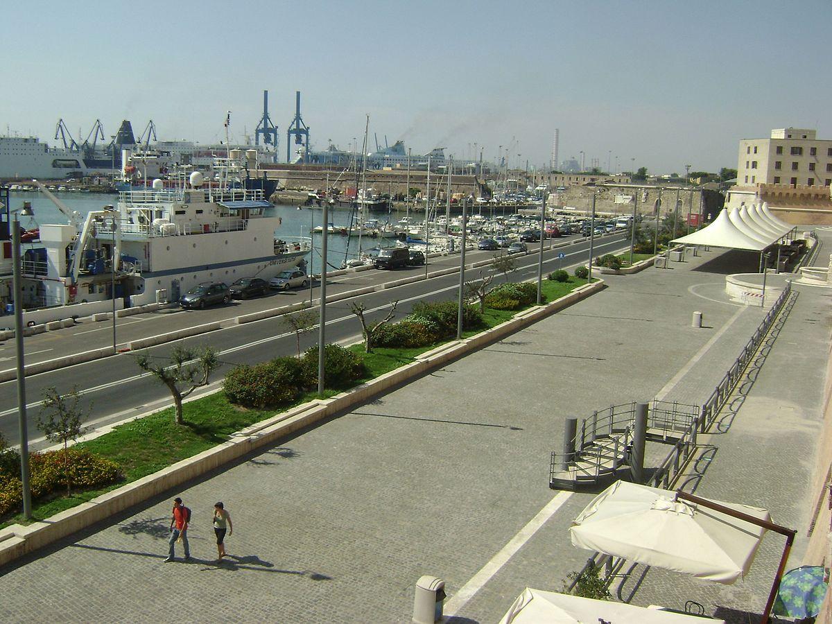 Port de civitavecchia wikip dia - Comment aller du port de civitavecchia a rome ...