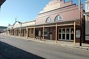 Pow opera house
