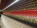 Praha - Metro - Staroměstská (7503826062).jpg