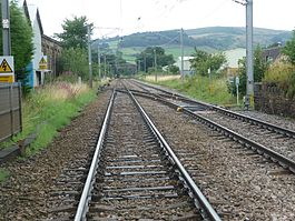 Railway lines in Cross Hills.jpg