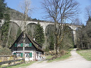 Höllentalbahn (Black Forest) - Image: Ravennaschlucht Viadukt