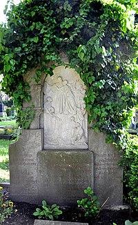 Ravensburg Hauptfriedhof Grabmal Beck 2.jpg