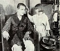 Reginald Denny & Daughter - Dec 1922 UW.jpg