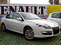 Renault Laguna 2.0 Expression 2012 (14471649429).jpg