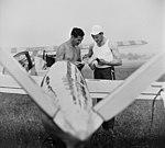 Repülőtér, Tury Kornél és Petróczy György válogatott vitorlázórepülők. Antonov A-15 vitorlázó repülőgép. Fortepan 9020.jpg