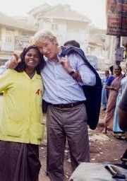 """Gere Visits USAID HIV / AIDS """"Operation Lighthouse"""" Project In Mumbai, as part of USAID."""