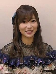 https://upload.wikimedia.org/wikipedia/commons/thumb/2/25/Rino_Sashihara_in_2018.JPG/220px-Rino_Sashihara_in_2018.JPG