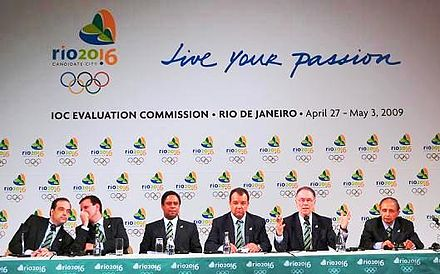 The bid committee, led by Carlos Arthur Nuzman, giving a press conference. Rio de Janeiro 2016 press conference.jpg