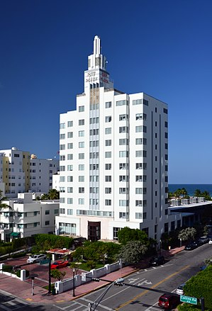 SLS South Beach Hotel - Image: Ritz Plaza Hotel Miami Beach 1