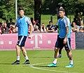 Robert Lewandowski James Training 2018-05-08 FC Bayern Muenchen-1.jpg