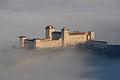 Rocca Albornoziana tra le nuvole.JPG