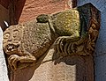 Romanische Reliefs am Portal erinnern an die Ursprünge der Stadtkirche St. Marien in Gengenbach. 01.jpg