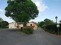 Roumégoux - Centre.jpg