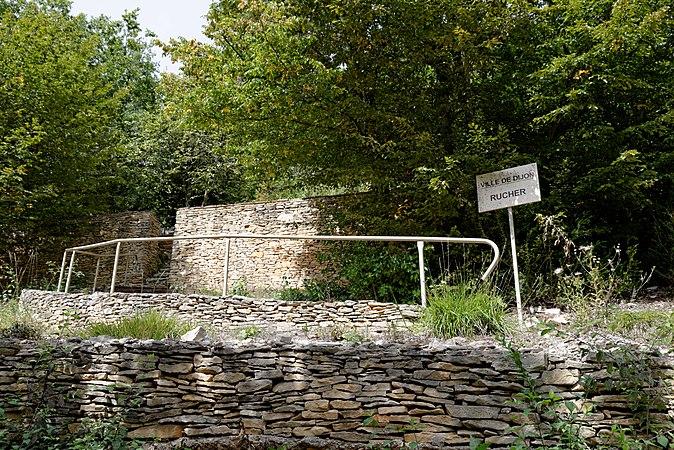 Parc de la combe la serpent wikimedia commons for Corcelles les monts