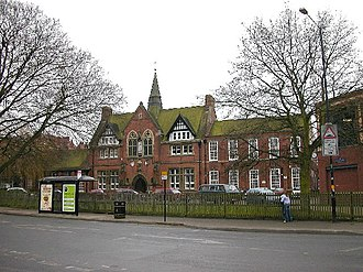 Lawrence Sheriff School - Image: Rugby Clifton Rd geograph.org.uk 111517