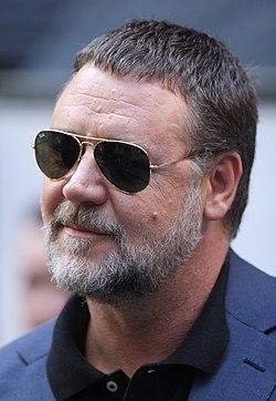 Russell Crowe (33994246374).jpg