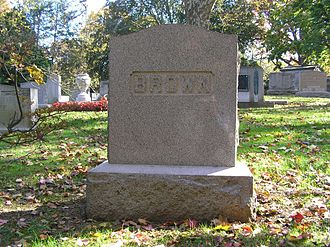 Ruth Snyder - The grave of Ruth Brown Snyder in Woodlawn Cemetery.