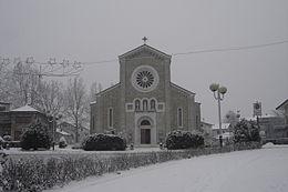 Vista invernale della chiesa parrocchiale di Santa Maria Annunziata