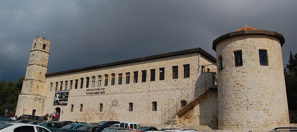 Saria Safed2