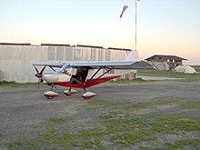 Un ultraleggero Savannah ripreso sul campo di volo prima del decollo.