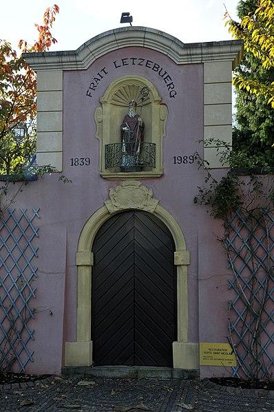D'Porte Saint Nicolas zu Schengen.