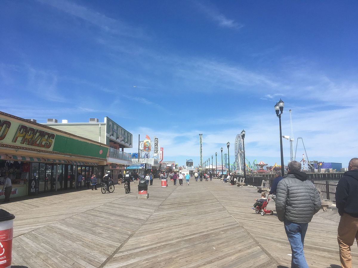 seaside heights men Police & fire toms river, seaside heights men among three charged in $13k theft from manchester home an ocean gate woman also was charged in the break-in, which was reported monday.