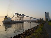 Seattle-Smith-Cove-grain-terminal-2395.jpg