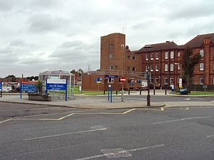 Selly Oak Hospital - Main entrance to Selly Oak hospital on Raddlebarn Road