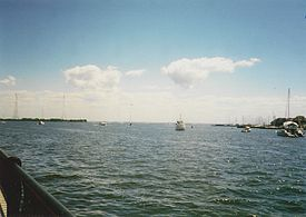 Severn River in Annapolis August 2002.jpg
