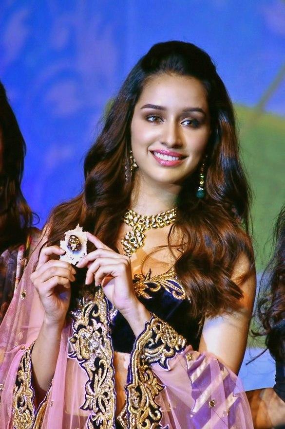 Shraddha Kapoor at IBJA awards and fashion showcase