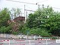 Sokolovská, vykolejený železniční vagón u Balabenky.jpg