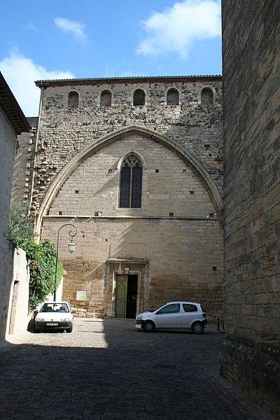Saint-Thibéry (Hérault) - Église abbatiale Sainte-Marie-de-la-Salvetat (façade occidentale) et Place du Saint-Sauveur.