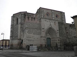 Nuestra Señora de la Soterraña - View of northern church front.