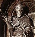 Statue of Clement VIII (detail).jpg