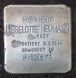 Photo of Lieselotte Neumann brass plaque