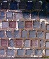 Stolpersteine Barsinghausen Bahnhofstraße 19.jpg