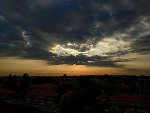 Evere - Image: Sunrise above Evere
