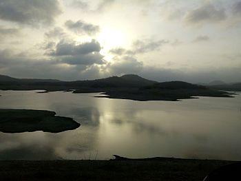 Sunrise at kamleshwar dam.jpg