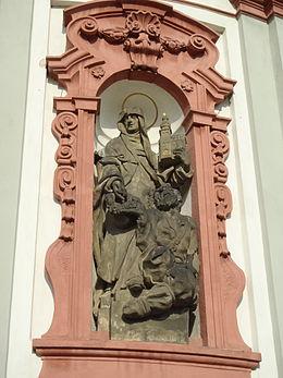 Statua di santa Zdislava nella basilica dei santi Lorenzo e Zdislava, a Jablonné v Podještědí