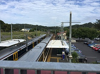 Swanson railway station - Photo of the two platforms with an EMU in each.