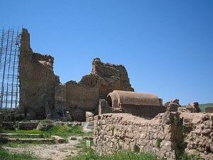 Takht-e Soleymān - Image: Takht e soleiman 2