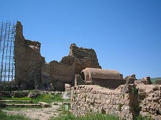 Parthian style - Image: Takht e soleiman 2