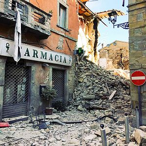 August 2016 Central Italy earthquake - Rubble in the town center of Amatrice.
